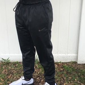 NWOT Black Nike Dri-fit Men's Joggers Sz XL
